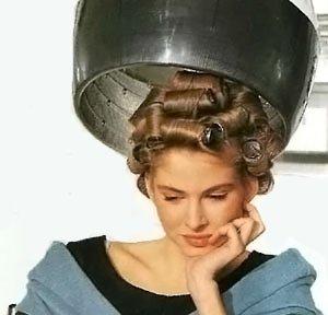 Укладка волос локонами - бигуди