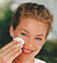 Шелушение сухой кожи лица