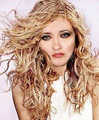 Локоны - эффект мокрых волос
