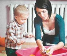 Как лучше начать приучать ребенка убирать за собой игрушки