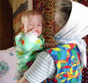 Что делать, чтобы бабушка не вмешивалась в воспитание ребенка?