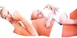 Как важны прикосновения мамы для ребенка