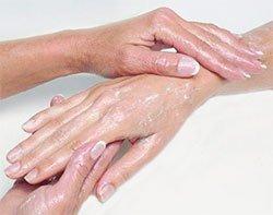 Руки выдают возраст