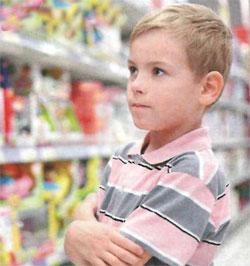 Ребенок требует купить