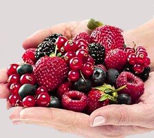 Маски для жирной кожи из ягод